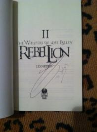 signed twotf